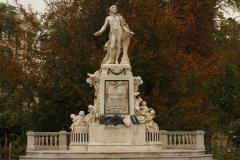 Wien Mozartstatue Burggarten
